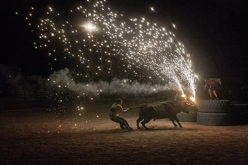 santa fiesta foto de Kike Carbajal